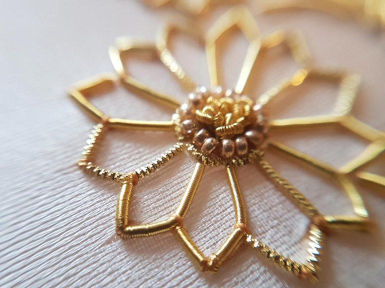 Broderie d'art –  Gouden draadjes in het Bussemakerhuis